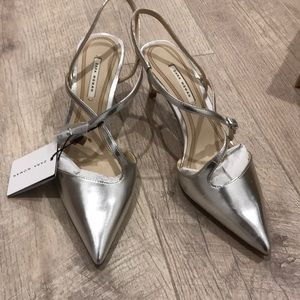 Zara mid heels in silver size 8 or 39euro, new